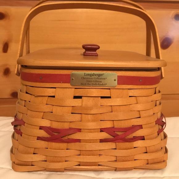 Longaberger Christmas Basket.Longaberger Christmas Deck The Halls Basket